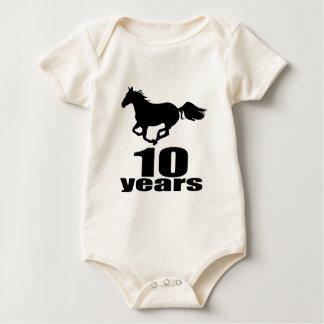 10 anos de design do aniversário macacãozinho para bebê