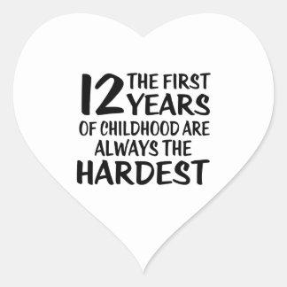 12a12 o primeiro design do aniversário dos anos adesivo coração