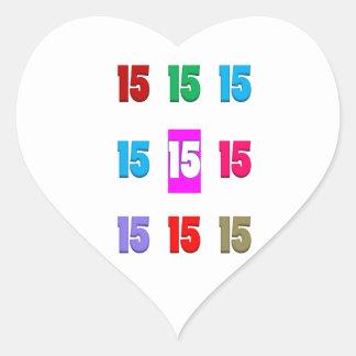 15a décima quinta data da rua do aniversário do adesivo em forma de coração