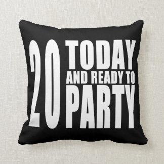20o Festas de aniversário: 20 hoje & apronte para Travesseiros