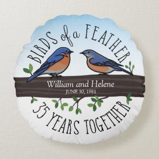 35o Aniversário de casamento, Bluebirds de uma Almofada Redonda