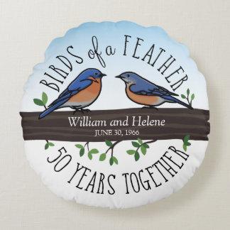 50th Aniversário de casamento, Bluebirds de uma Almofada Redonda