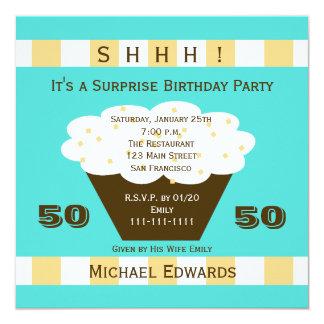50th Cupcake do convite de aniversário da surpresa