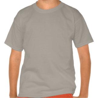 6o Menino Camo do aniversário seis nomes feitos Tshirts