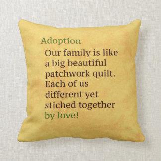 A adopção é uns retalhos almofada