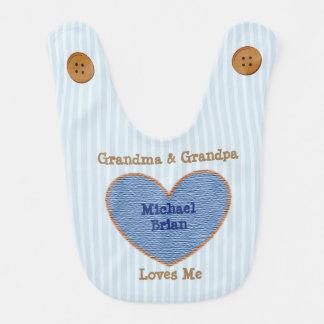 A avó e o vovô amam-me azul e babador de Brown