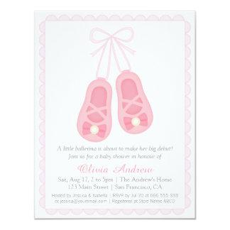 A bailarina cor-de-rosa calça convites do chá de