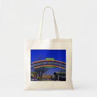 A bolsa de canvas do mercado da cidade