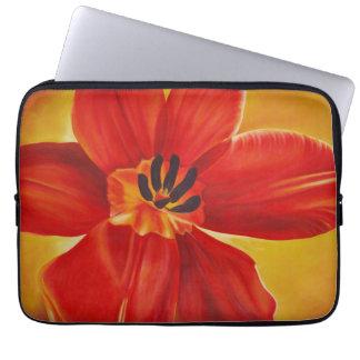A bolsa de laptop aberta da tulipa do vermelho capa para notebook