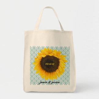A bolsa de praia da lua de mel da data do