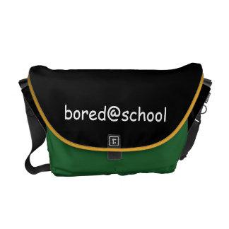 a bolsa mensageiro de bored@school