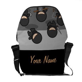 A bolsa mensageiro do laptop de Ninjas