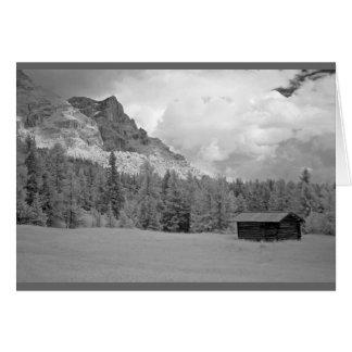 A cabana nas dolomites, Italia do pastor Cartão Comemorativo