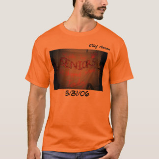 A camisa de Aaron do cozinheiro chefe