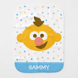 A cara   do bebê de Ernie adiciona seu nome Paninho De Boca