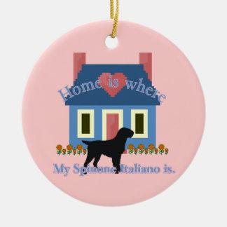 A casa de Spinone Italiano é Ornamento De Cerâmica Redondo