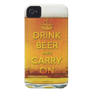 A cerveja engraçada da bebida e continua capas iPhone 4