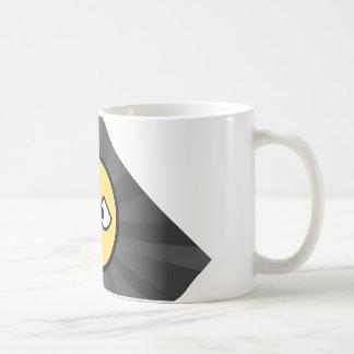 A chávena clássica em branco caneca