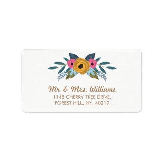 A coleção branca do casamento da grinalda floral etiqueta de endereço