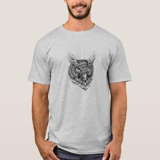 A coruja de noite camiseta