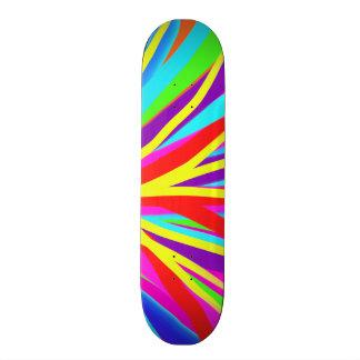 A escova de pintura colorida vívida afaga a arte shape de skate 21,6cm