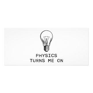 A física gira-me sobre 10.16 x 22.86cm panfleto