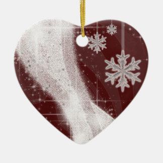 A fita nevado da estrela (obscuridade - vermelho) ornamento de cerâmica coração