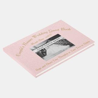 A foto personalizada cora livro de hóspedes do