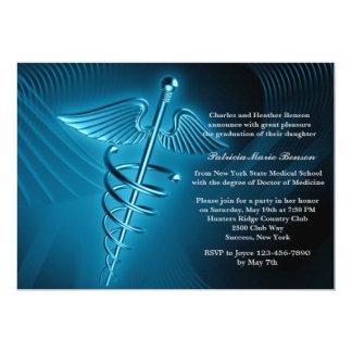 A graduação moderna da Faculdade de Medicina do Convite 12.7 X 17.78cm