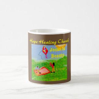 A igreja cura Jesus da esperança é caneca de café