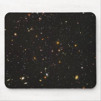 A imagem ultra profunda do espaço do campo de mouse pad