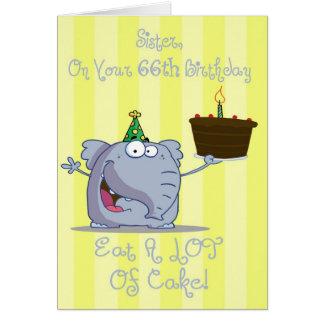 A irmã come mais cartão de aniversário do bolo