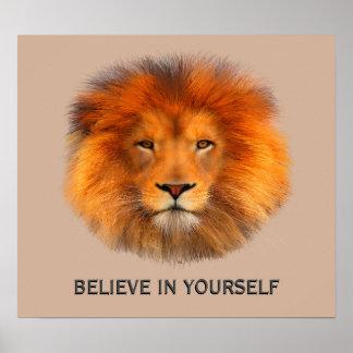 A juba do leão acredita em seu poster do auto
