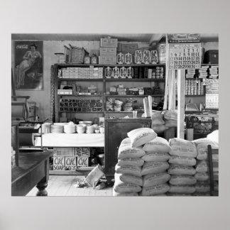 A loja geral, Moundville, Alabama: 1936 Poster