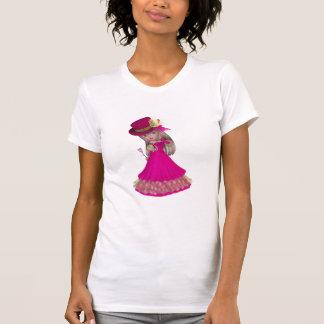 A menina loura que guardara um cor-de-rosa t-shirt