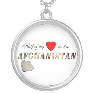 """A """"metade de meu coração está colar de Afeganistão"""