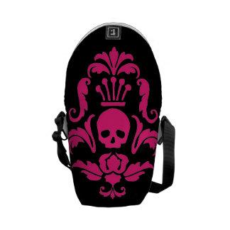 A mini bolsa mensageiro do gótico profundo