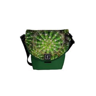 A mini bolsa mensageiro dos cactos