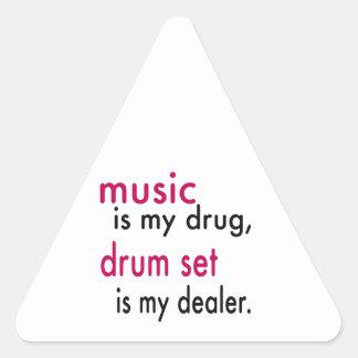 A música é minha droga, grupo do cilindro é meu adesivo triângulo
