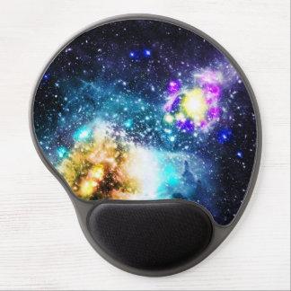 A nebulosa colorida do espaço da galáxia stars a mouse pad em gel