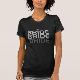 A noiva cinzenta desvanece-se t-shirts
