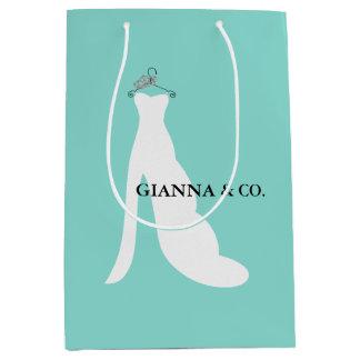 A NOIVA & o CO Tiffany aqui vêm o saco do presente Sacola Para Presentes Média