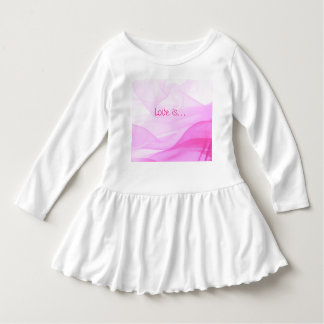 A parte superior dressy da menina camiseta