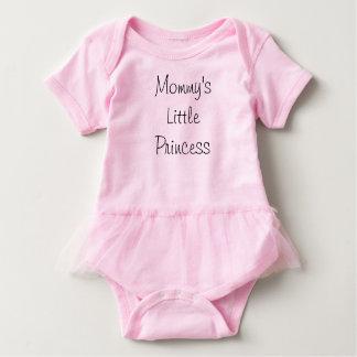 A princesa pequena da mamã body para bebê