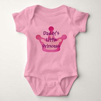 A princesa pequena do pai body para bebê