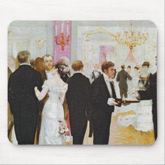 A recepção de casamento, c.1900 mouse pad