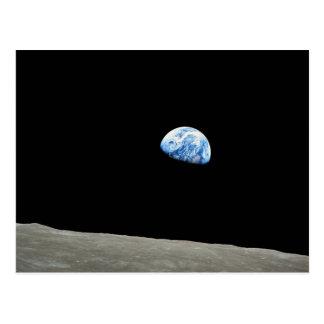A terra aumenta da lua cartão postal