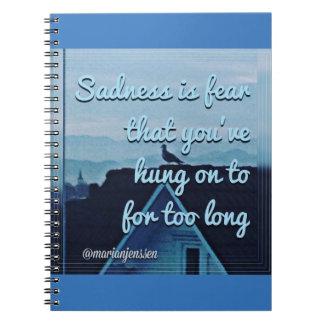 A tristeza é medo caderno espiral