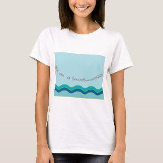 A vida em uma praia… relaxa camiseta