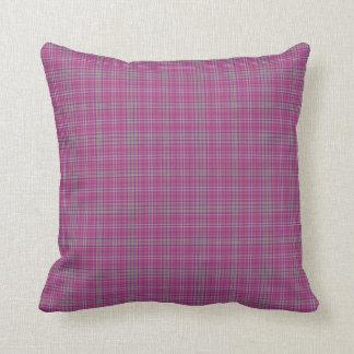 A xadrez de Tartan escocesa, rosa verifica Travesseiro